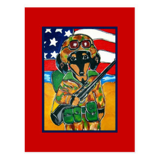 Postal Memorial Day - soldado Doxie