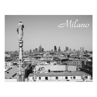 Postal Mirada hacia fuera en Milano