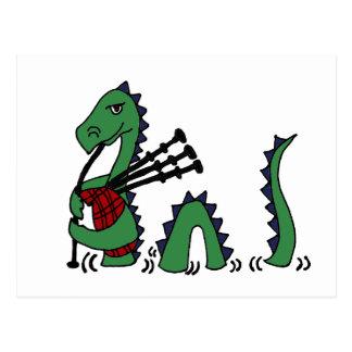 Postal Monstruo divertido de Loch Ness que toca las