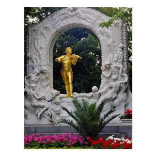 Postal Monumento blanco de Juan Strauss, flo de Viena,