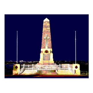 Postal Monumento de Perth por noche