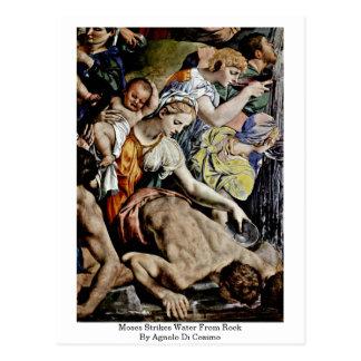 Postal Moses pega el agua de la roca de Agnolo Di Cosimo
