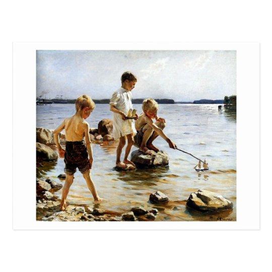 Postal Muchachos que juegan en la playa