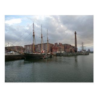Postal Muelle de Albert de Liverpool