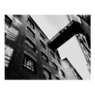 Postal Muelle Londres de los mayordomos
