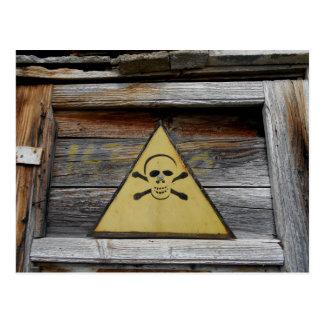 Postal Muestra del peligro del vintage en la madera vieja