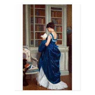Postal Mujer en el azul, leyendo un libro