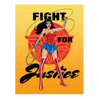 Postal Mujer Maravilla con el lazo - lucha para la