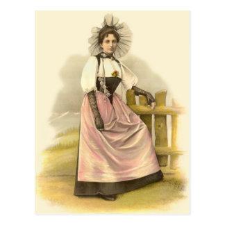Postal Mujer suiza hermosa en el traje tradicional, Berna