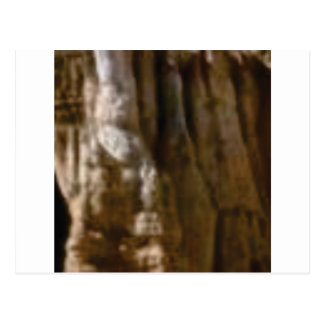 Postal músculos tallados en roca