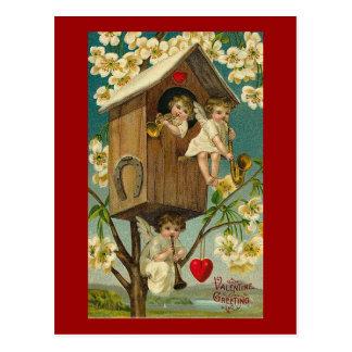 Postal Músicos del Cupid en una casa del árbol