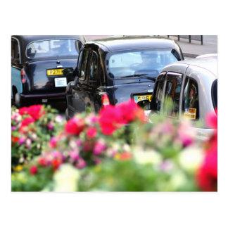 Postal negra inglesa del taxi