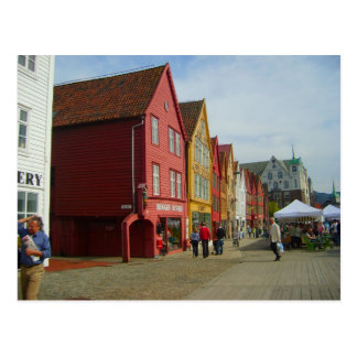 Postal Noruega, Bergen, casas pintadas