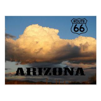 Postal Nubes en la ruta 66 del cactus del sauaro de