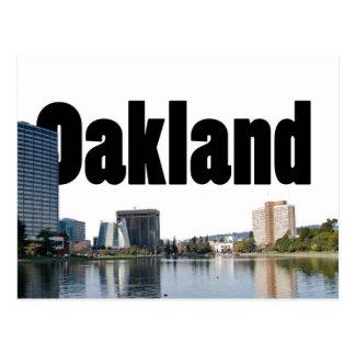 Postal Oakland California con Oakland en el cielo