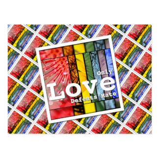 Postal Odio de las derrotas del amor del arco iris de la