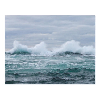 Postal Ondas que interrumpen la isla de Staffa
