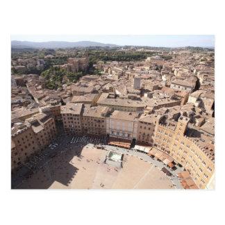 Postal Opinión de alto ángulo de Townscape, Siena, Italia
