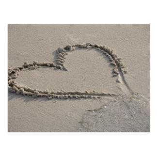Postal Opinión de alto ángulo de una forma del corazón en