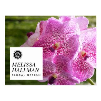 Postal Orquídeas brillantes del logotipo floral moderno