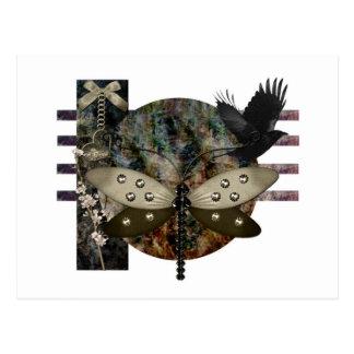 Postal oscuridad del cuervo del gótico