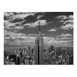 Postal Paisaje negro y blanco del horizonte de New York