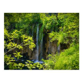 Postal Parque nacional de los lagos Plitvice en Croacia