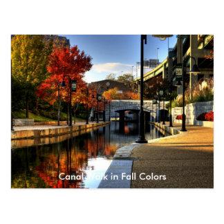 Postal Paseo del canal en colores de la caída