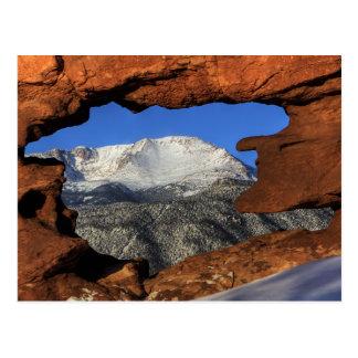 Postal Pico de los lucios visto con la formación de roca