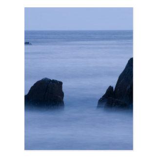 Postal picos de niebla 16x10