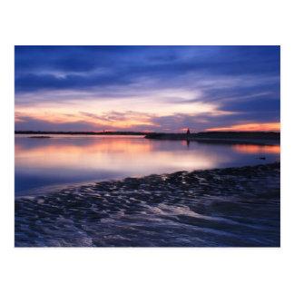 Postal Planos de marea en la puesta del sol, playa de