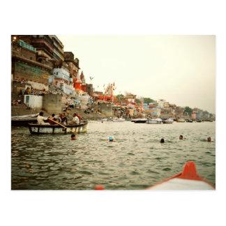 Postal Postcard Swiming in the Ganges, Varanasi India