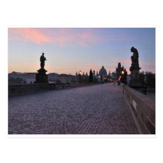 Postal Praga por amanecer