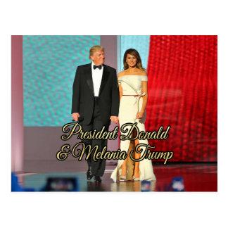 Postal Presidente Donald Trump y foto de Melania