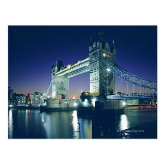 Postal Puente de la torre en la oscuridad