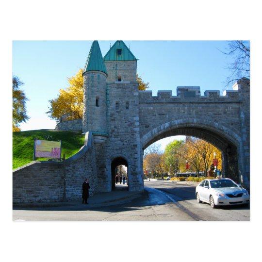 Postal Puertas del castillo de la ciudad de Quebec Canadá