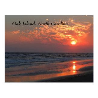 Postal Puesta del sol del océano - isla del roble, NC