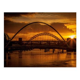 Postal Puesta del sol en el río Tyne