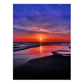 Postal Puesta del sol en una playa de la isla de Ana