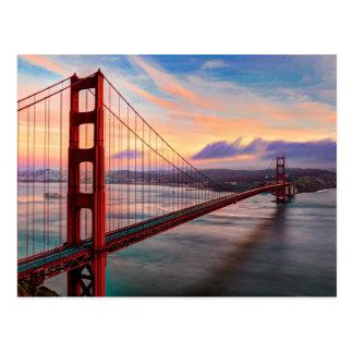 Postal Puesta del sol hermosa del invierno en puente