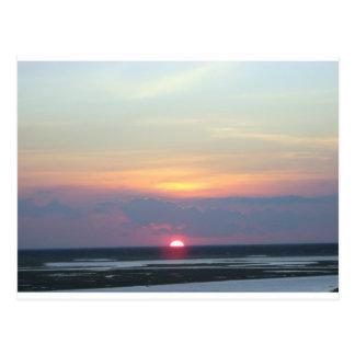 Postal Puesta del sol sobre la bahía en Margate, NJ