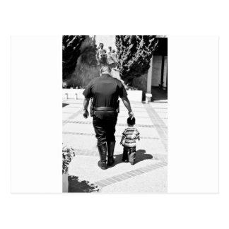 Postal Recuerde el cuidado de los polis