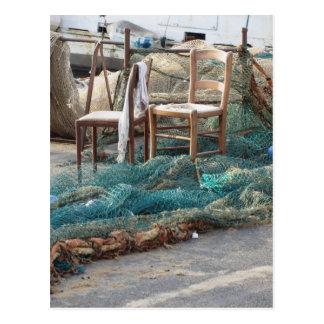 Postal Redes de pesca Weathered en un embarcadero del