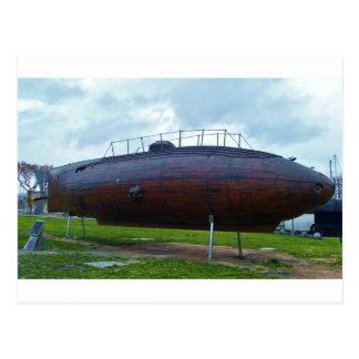 Postal Reproducción submarina de madera histórica