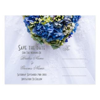 Postal Reserva floral azul y blanca del ramillete del