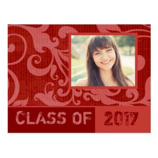 Postal roja de la invitación de la graduación de