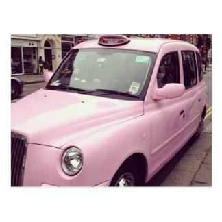 Postal rosada del taxi