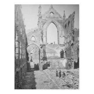 Postal Ruinas católicas de la catedral durante la guerra