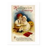 Postal Saludo de Halloween del vintage