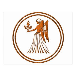 Postal Símbolo de madera tallado del zodiaco del virgo